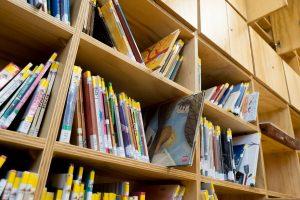 O CRA estrea este curso unha biblioteca que optimiza ao máximo os seus espazos