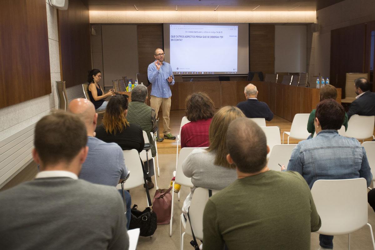 Unhas 50 persoas colaboran nos obradoiros participativos para a redacción do Plan de Mobilidade Sustentable de Tomiño