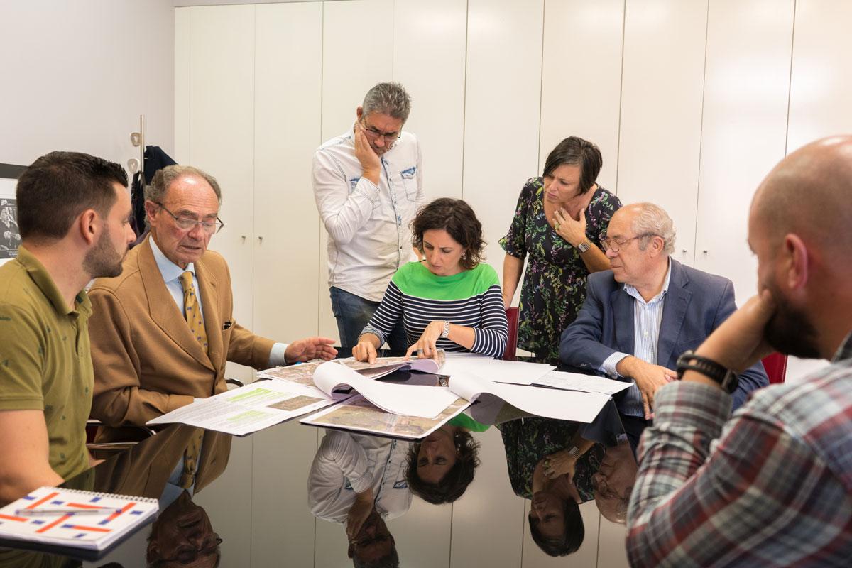A Xunta presenta ao Concello de Tomiño o proxecto definitivo da mellora da PO-552, con actuacións en varias interseccións