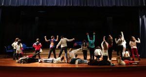 A Escola Municipal de Teatro comezou un novo curso co cartel de cheo colgado